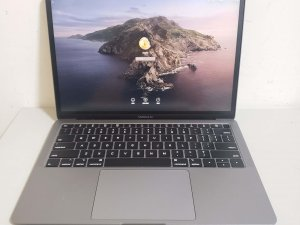 二手 MacBook air 2019 13″ i5 8G 128G 極新有保到2020年11月