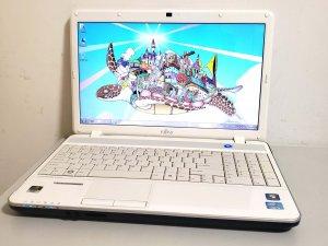 二手Fujitsu Lifebook AH531 i3 8G 240G SSD + 500G 雙硬碟 NVIDIA GT 525 (已售出)