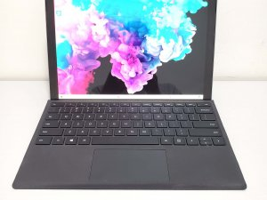二手 Microsoft Surface Pro 6 i5 8G 128G SSD 連keyboard 保到2020年4月(已售出)