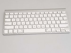 二手 Apple Magic Keyboard 1 (已售出)
