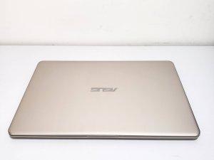 二手 ASUS 14吋 VivoBook S14 S406UA i5-8250U 8G Ram 256G SSD 保到2020年11月 90% 新(已售出)