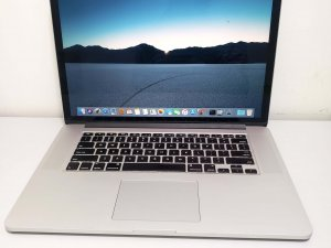 Macbook Pro 15″ Retina Mid 2015 i7 16G 256G SSD 90% new(已售)