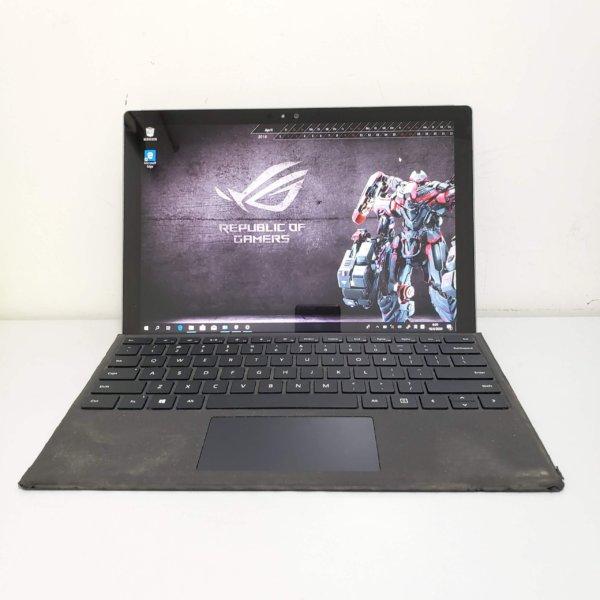 Surface pro 4 i5 8G 256