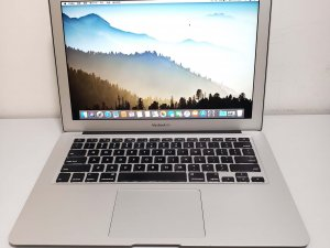 MacBook Air (13-inch, 2015) i5 8G 256G 新淨,連充電器 保用3日(已售出)