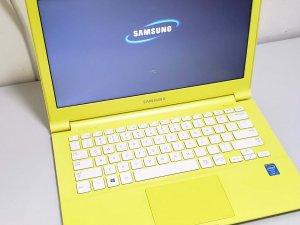 Samsung ATIV NP910S3G 輕薄筆記型電腦 黃色 13.3″ i3 第四代 4G Ram 128G 固態硬碟(已售出)