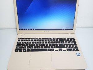 Samsung NP350XAA (i5-8250U+8GB RAM+240G SSD/1TB HDD) 15.6″ FHD 新淨 先試後買 3日保用(已售出)